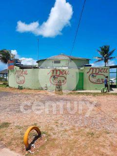 Bar à venda na Praia do Refúgio