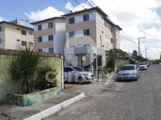 Apartamento à venda no condomínio César Franco