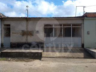 Casa à venda no Eduardo Gomes
